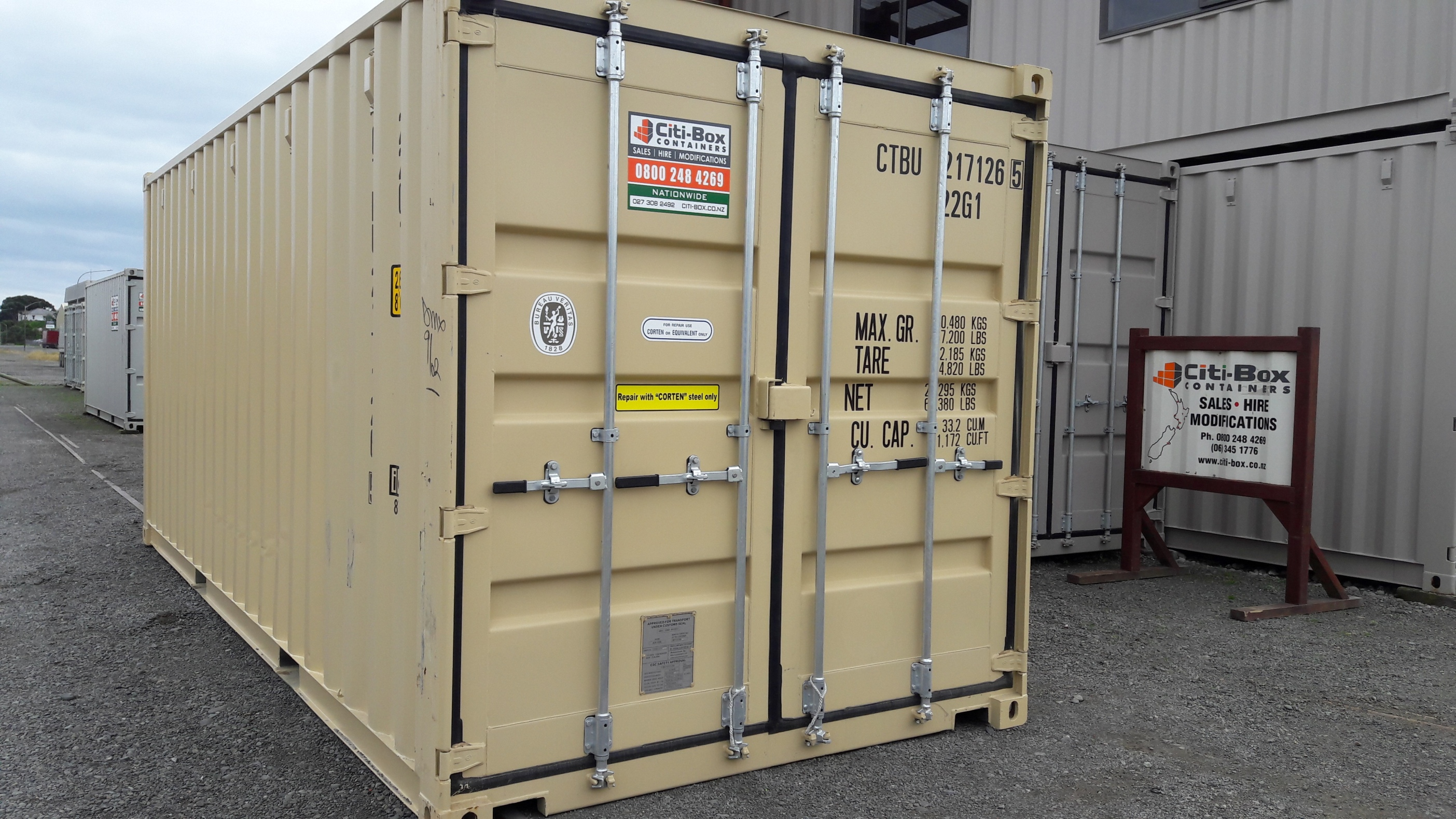 20 Shipping Container Near New