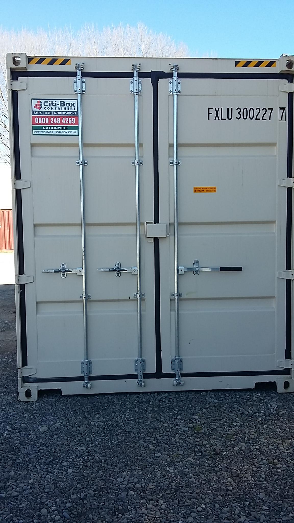 20 high cube double door shipping container ctbu20hcdd for Door to door transport